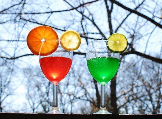 strawberry-and-green-apple-jelly-beanie-arctic-kiss-cocktails